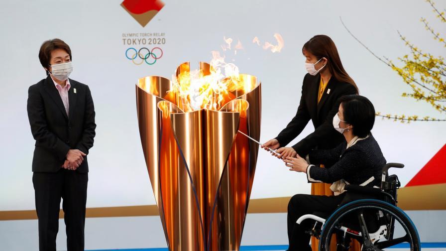 <p>Олимпийският огън беше запален във Фукушима</p>