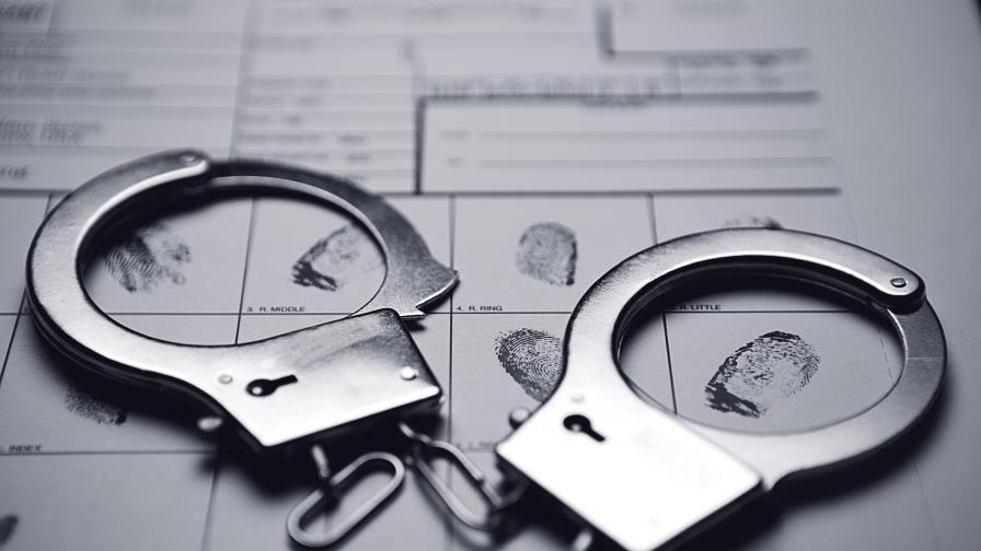 Задържаха българка на Родос за телефонни измами