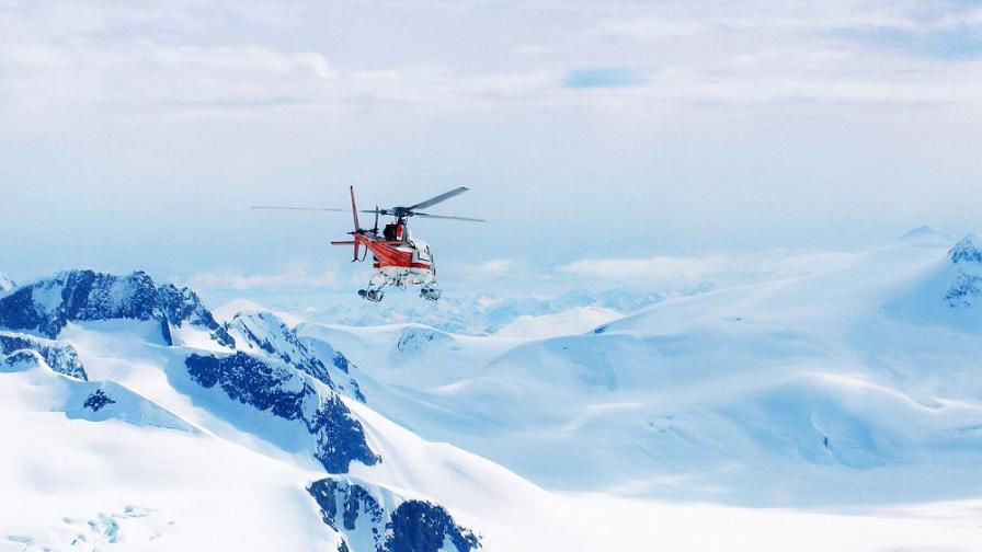 <p>Петр Келнер е загинал в катастрофа с хеликоптер&nbsp;&nbsp;</p>