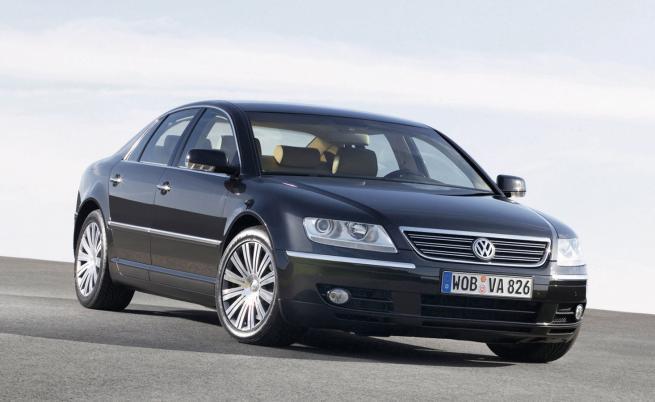 Обреченото приключение на Volkswagen в премиум класа