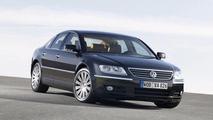<p>Обреченото приключение на Volkswagen в премиум класа</p>