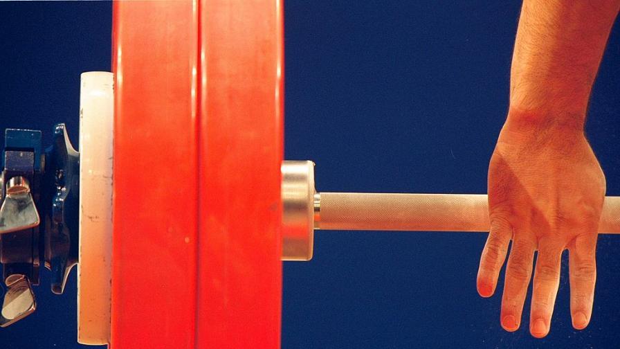 Ангел Русев спечели европейската титла по вдигане на тежести