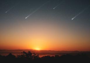 Лиридите озариха небето миналата нощ
