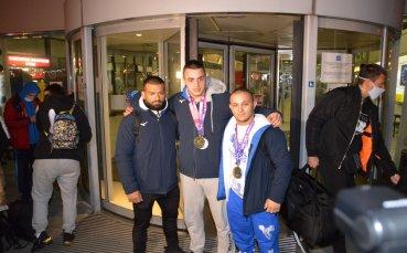 Медалистите ни от Европейското се върнаха доволни и амбицирани