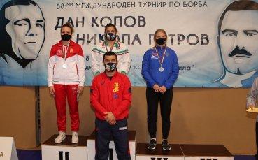 """4 медала спечелиха борците ни """"Дан Колов – Никола Петров"""""""