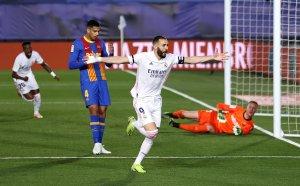 Истинско дерби! 10 от Реал наказаха Барселона и гледат смело към титлата