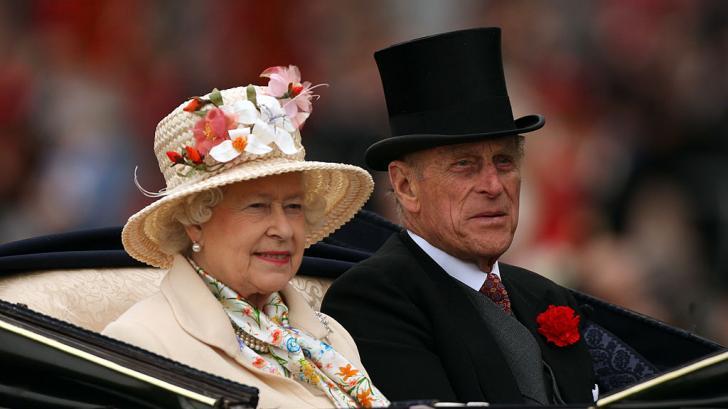 С любов към дядо: непоказвани кадри на кралица Елизабет и принц Филип