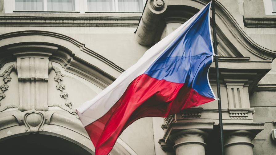 Чехия: Експлозията е била на пратка оръжия за България