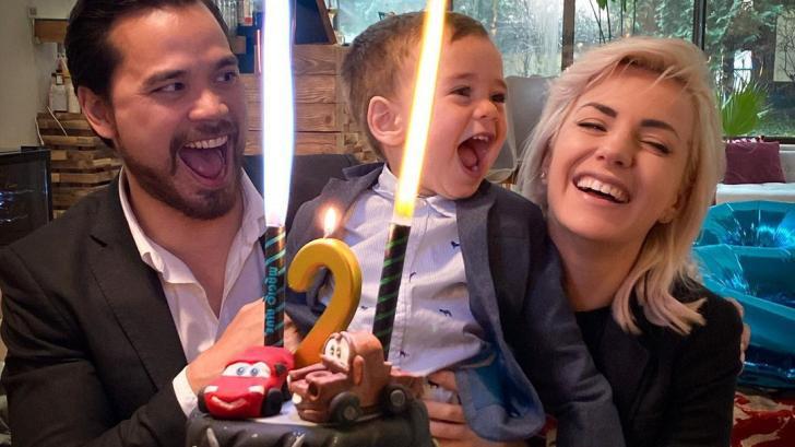 Един малък джентълмен на 2: Поли Генова отпразнува рождения ден на сина си