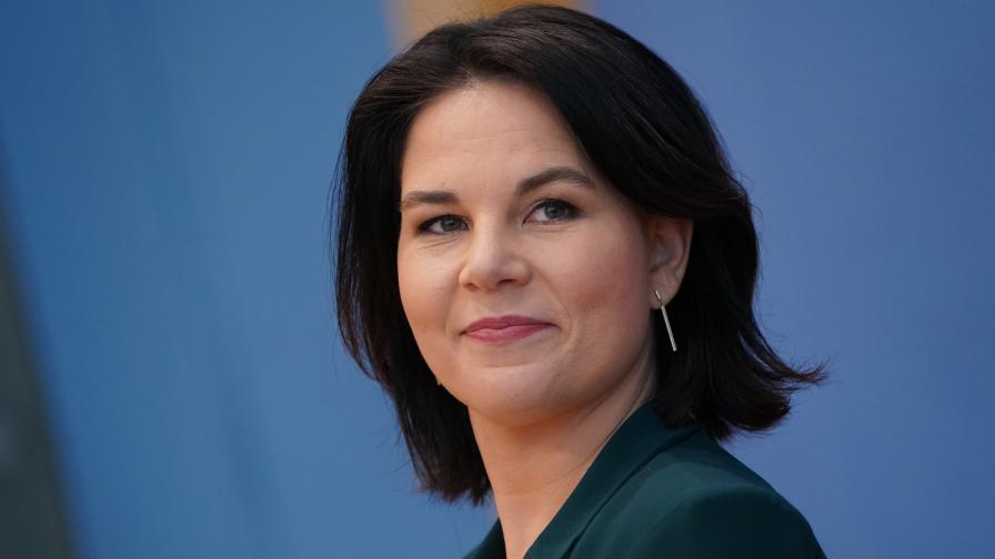 """""""Зелените"""" издигнаха Аналена Бербок за кандидат за канцлер на Германия"""