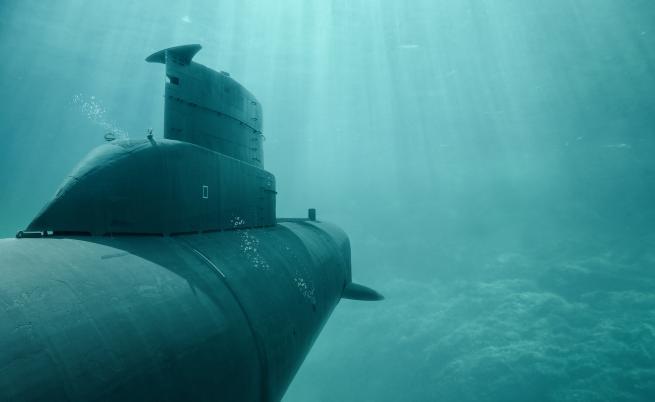 Индонезия издирва подводница с 53-ма души на борда