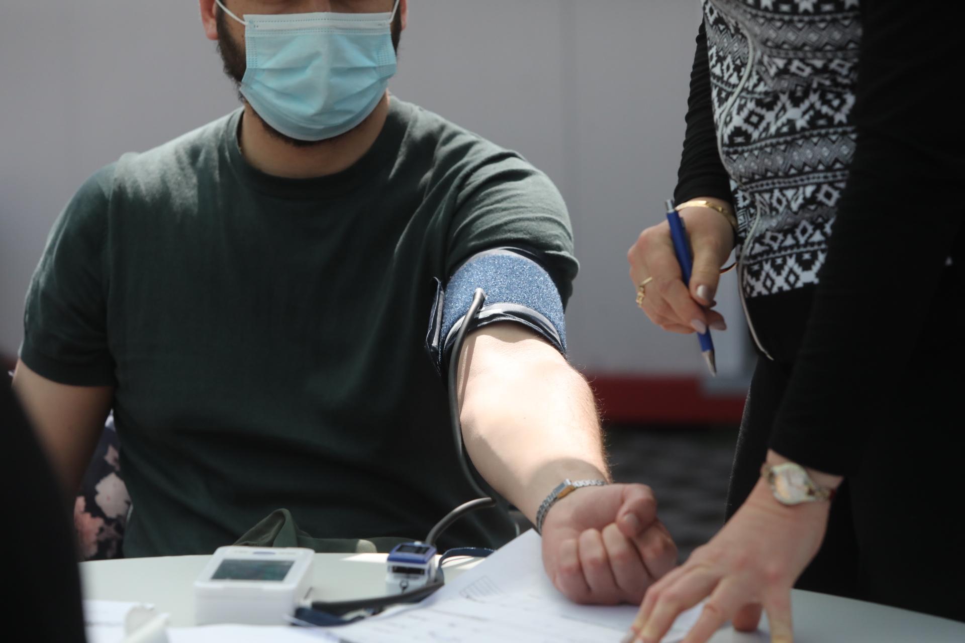 <p>Ваксинация с РНК-ваксини в &quot;Александровска болница&quot; и &quot;Пирогов&quot;</p>