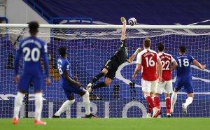 Арсенал приземи Челси и отново гледа смело към Европа