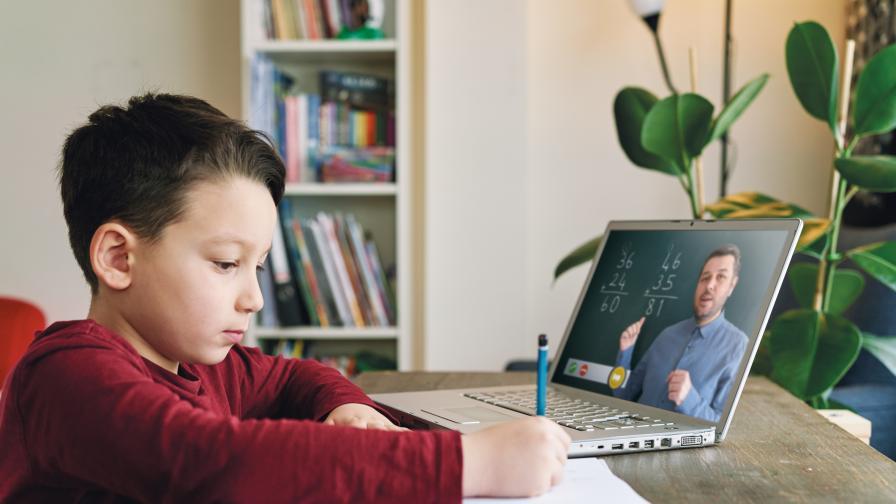 Онлайн обучението – предизвикателство пред родители и деца. Как да се справим