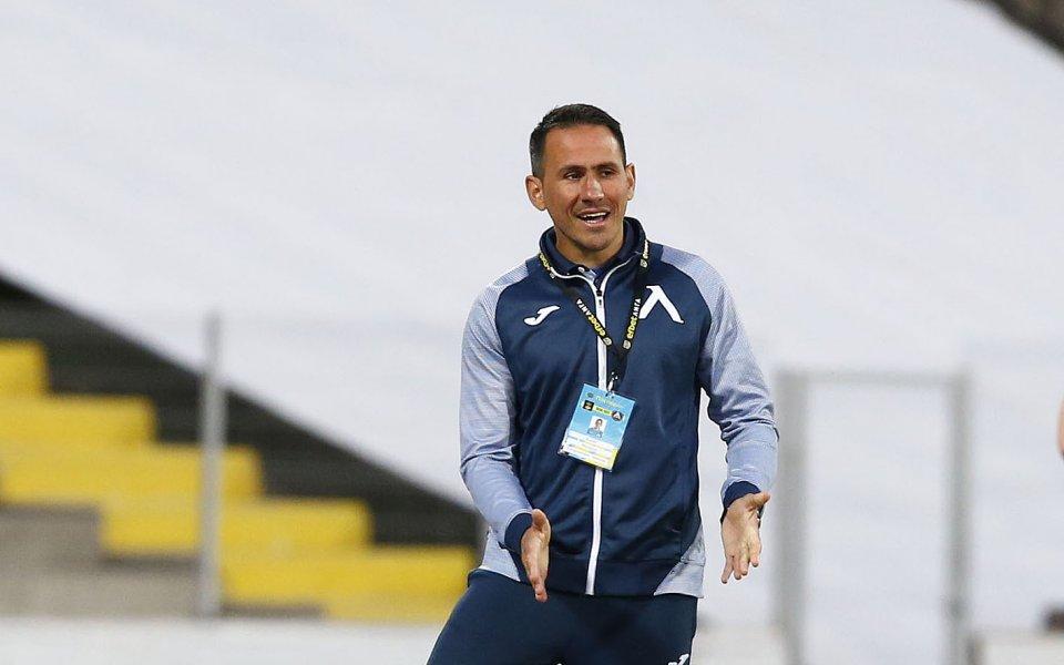 Натавникът на Левски, Живко Миланов, похвали тима си за показания