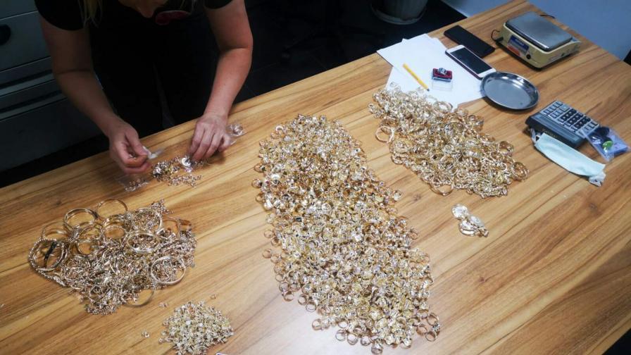 Задържаха контрабандни златни накити за над 1 млн. лв.