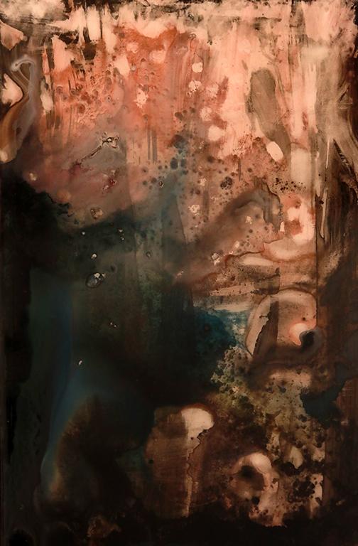 <p>Този сблъсък между моментната потискаща реалност и вечно неудържимото въображение, сблъсъкът между външния клаустрофобичен свят (затворените граници, пространства, домове...) и транспарантността (отвореността) на вътрешния порив и инспирация, както и сблъсъкът на (не)възможностите и желанията (копнежите), се превърнаха в едно пътуване, което в целия собствен път протича на границата, т.е. в сблъсъкът или съединяването между едното и другото, и така, с течение на времето това пътуване се превърна в &bdquo;метакосмическо&ldquo;.</p>
