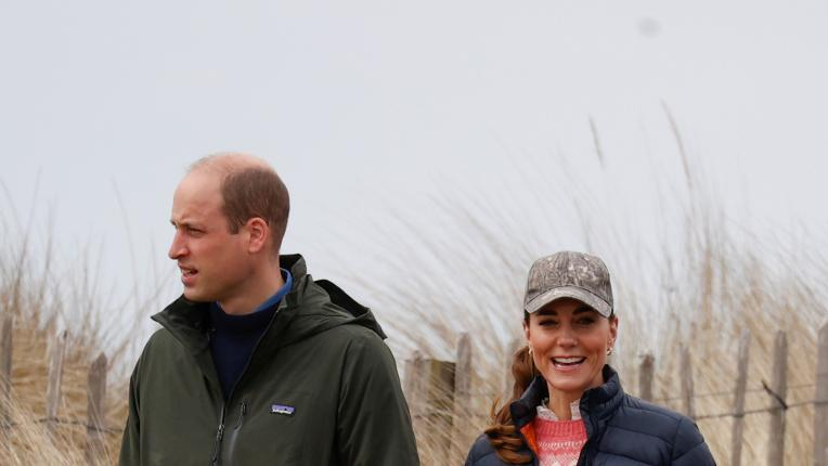Кейт Мидълтън и принц Уилям обратно в университетското градче, където се влюбиха