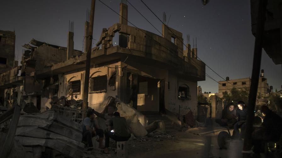 Могат ли израелските удари срещу Газа да се разглеждат като военни престъпления
