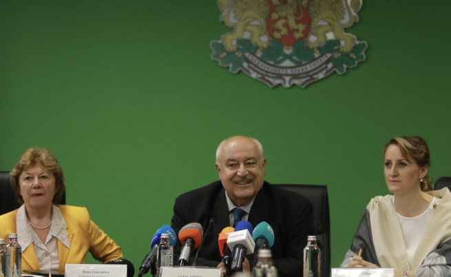 Личев: Уволних директорката на РИОСВ - Бургас