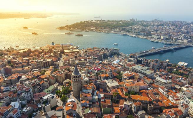 DW: Как Ердоган променя Истанбул