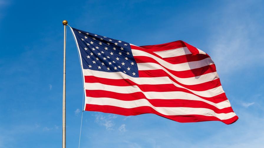 <p>Републикански номера: в САЩ се случва нещо опасно</p>