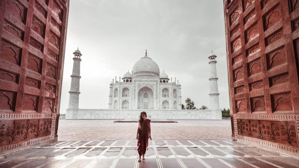 жена пътуване пътешествие лято Тадж Махал Индия