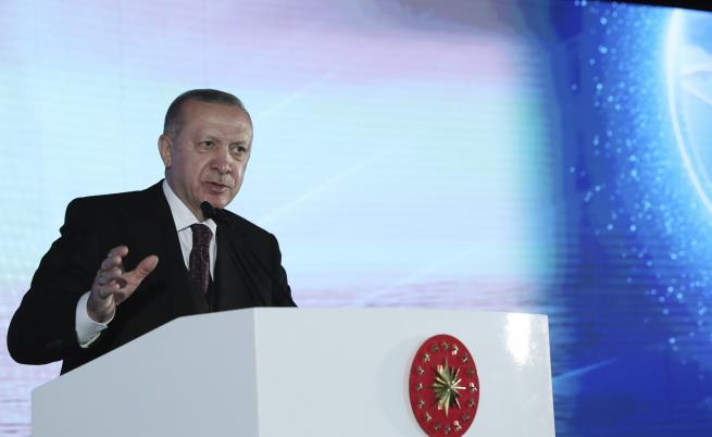 Какво носи Ердоган в чантата си за срещата с Джо Байдън