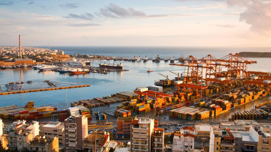 Гръцкото пристанище Пирея