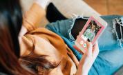 Tinder ползват и звездите: Тези холивудски знаменитости признаха, че търсят любовта в приложението