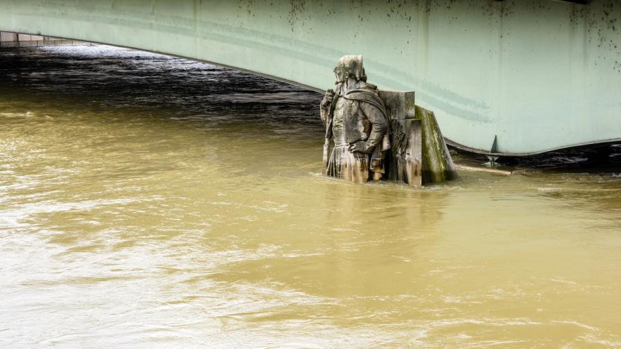 Извънредно положение в Крим заради страшни наводнения