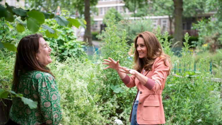 Спортна и стилна: херцогинята на Кеймбридж посети Националния исторически музей в Лондон