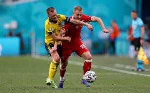 """ГЛЕДАЙТЕ НА ЖИВО: Швеция 1:0 Полша, две греди за """"Дружина полска"""""""