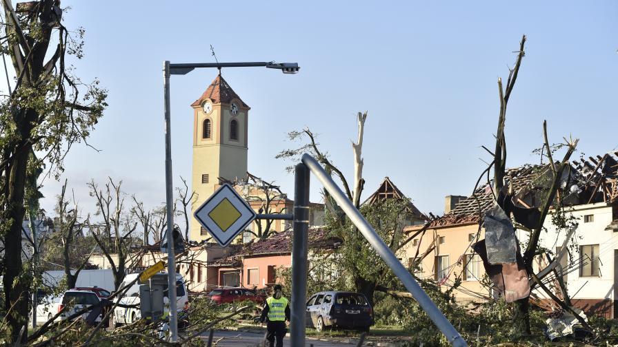 Българи разказват за торнадото в Чехия