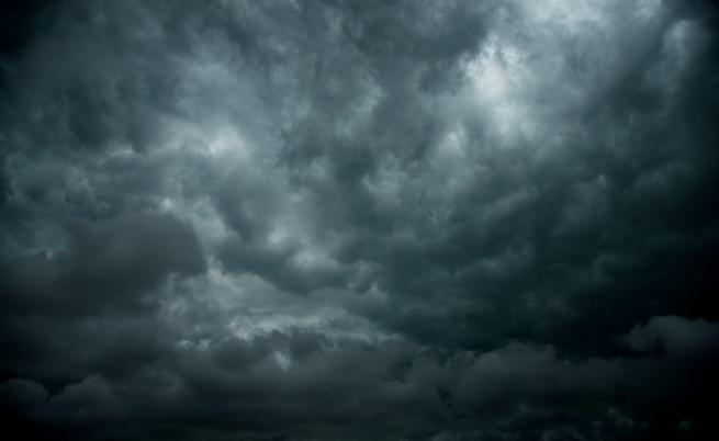 Силна буря с дъжд и градушка удари Тервел