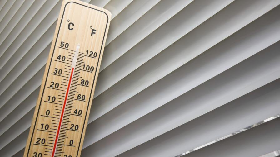 щори термометър горещо време