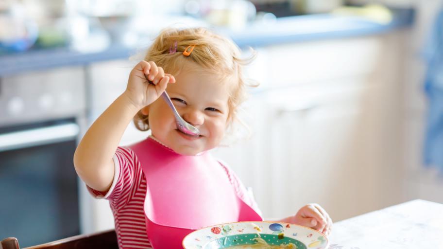 Самостоятелни от малки: 5 умни подхода за родителите