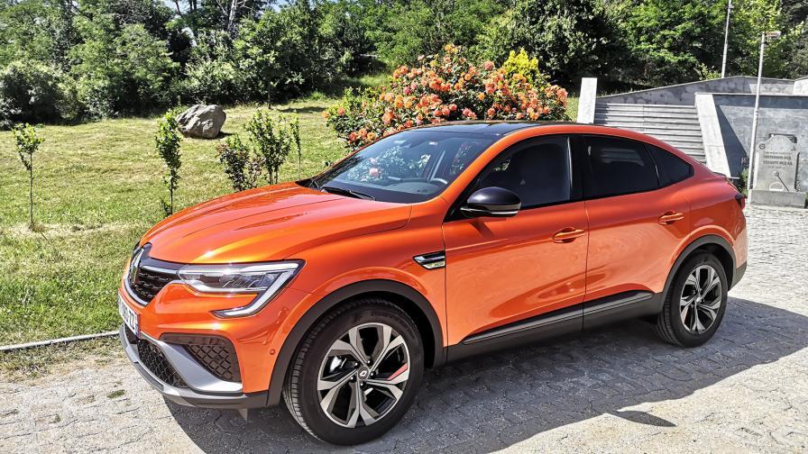 <p>Renault влиза в забранената територия с Arkana (тест драйв)</p>