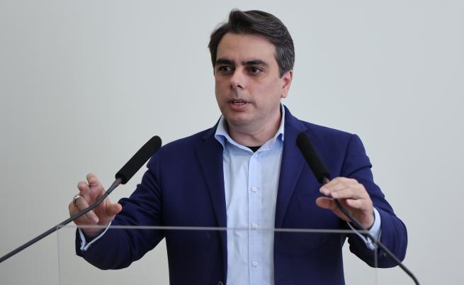 Министър Василев: Ще се окаже, че пари има за всичко