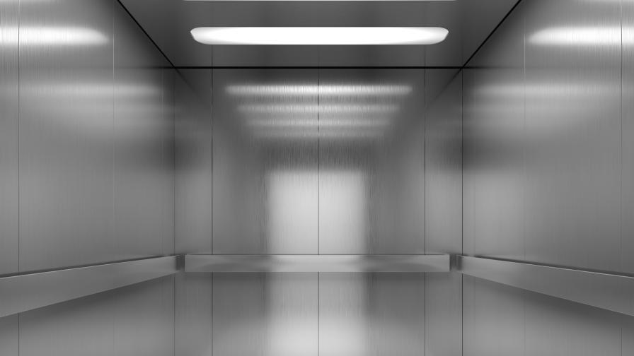 <p>Студент почина, затиснат в асансьор на общежитие&nbsp;</p>
