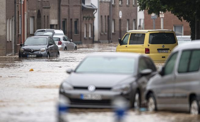 Тежки наводнения в Германия, Белгия и Холандия, а прогнозата е за още дъжд