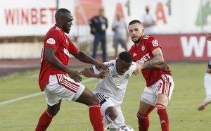 С много мъка и дузпи: ЦСКА е напред за Лигата на конференциите