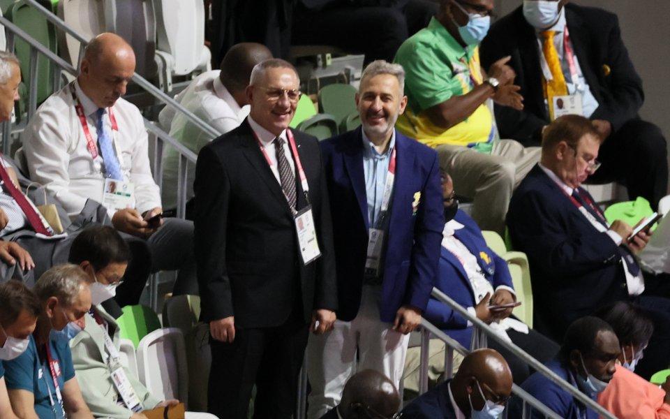 Министърът на младежта и спорта Андрей Кузманов приветства българските олимпийци