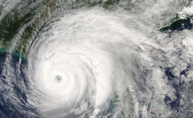 Мощен тайфун приближава Китай, анулираха полети