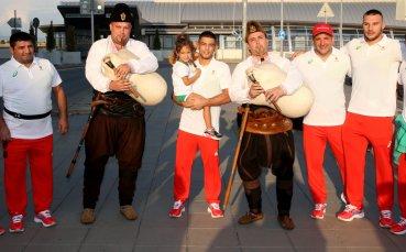 С торта и гайдари изпратиха борците ни за Олимпиадата