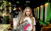 """NOVA избра песента на Михаела Маринова """"Сериал"""" за основна музикална тема във филмовата поредица """"Пътят на честта"""""""