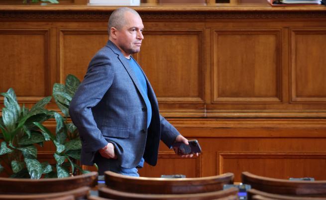 Тошко Йорданов: Всички са овъртолени като свински черва, да се оправят