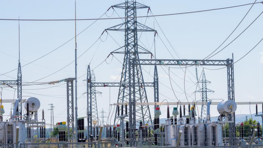 Манипулативно високата цена на тока принуди КЦМ да спре работа
