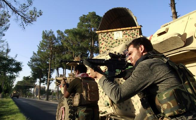 Талибаните обявиха, че са превзели Кандахар