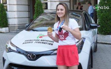Наградиха шампионката Ивет Горанова с чисто нов автомобил